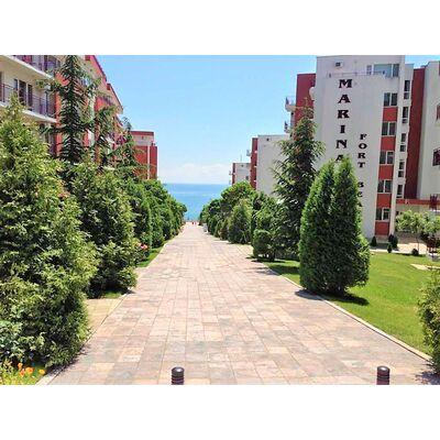 """ID796 Трехкомнатные апартаменты с видом на море в комплексе """" Марина Форт Бич """" Святой Влас, Святой Влас"""
