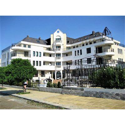 """ID1065 Двухуровневая трехкомнатная квартира с видом на море в комплексе """" Саут Бэй """" Святой Влас"""
