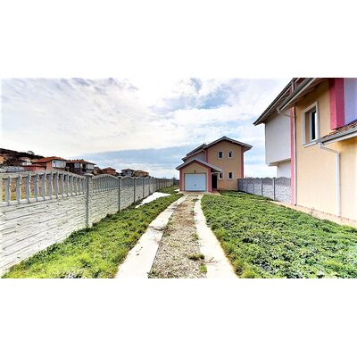 ID1163 Двухэтажный дом в Кошарице