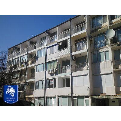ID224 Двухкомнатная квартира после капитального ремонта в  жилом доме  в 50 метрах от пляжа в г .Несебре