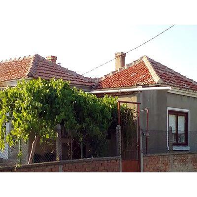 ID1748 Дом с участком земли, с.Оризаре