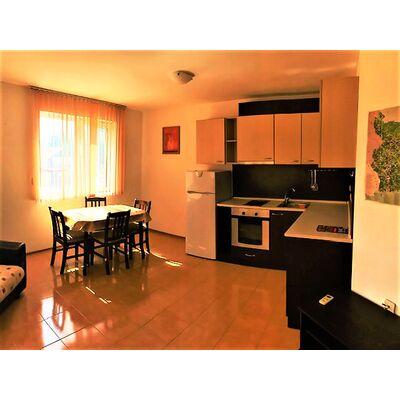 ID2081 Двухкомнатная квартира в жилом доме, Солнечный берег