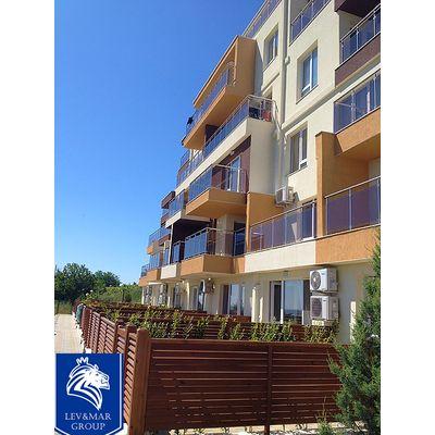 """ID308 Двухкомнатная квартира с видом на море в комплексе """"Милана 2 """" в Бяла<br><span style=""""color: #2cbde1;"""">Бяла</span>"""