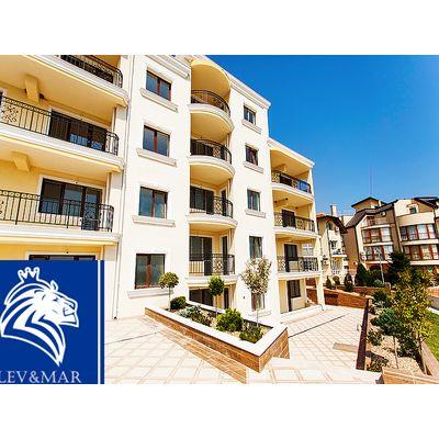"""ID309 Трехкомнатная квартира с видом на море в комплексе """" Хаус Де Люкс """"   Бяла"""
