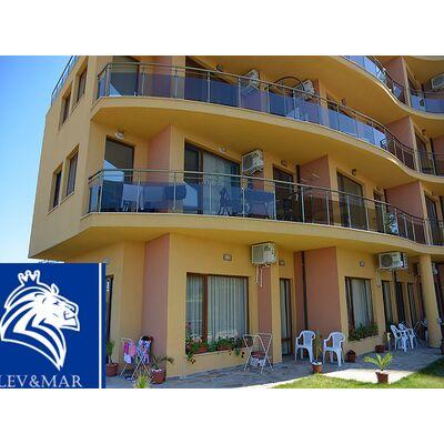 "ID358 Двухкомнатная квартира с видом на море в комплексе"" Ахтополь Бич"" Ахтополь"