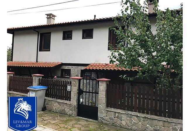 ID170 Дом в селе, с.Горица