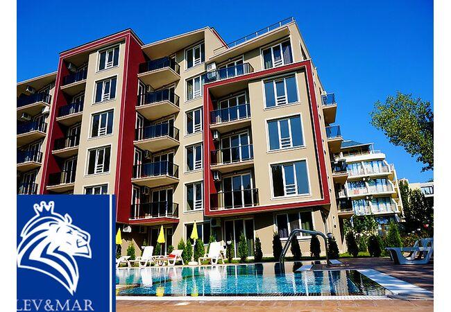 "ID583 Двухкомнатная квартира в комплексе "" Вип Парк "", Солнечный берег"