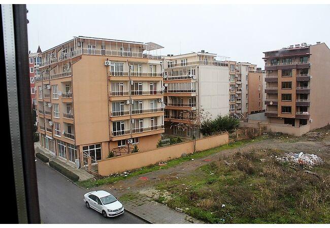 """ID623 Апартамент с одной спальней в комплексе """" Айвазовский парк """", Поморие"""