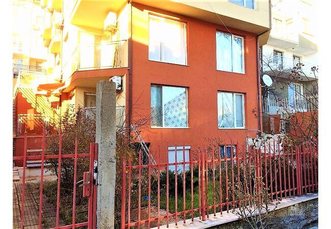 ID690 Апартамент с одной спальней в жилом доме, Святой Влас