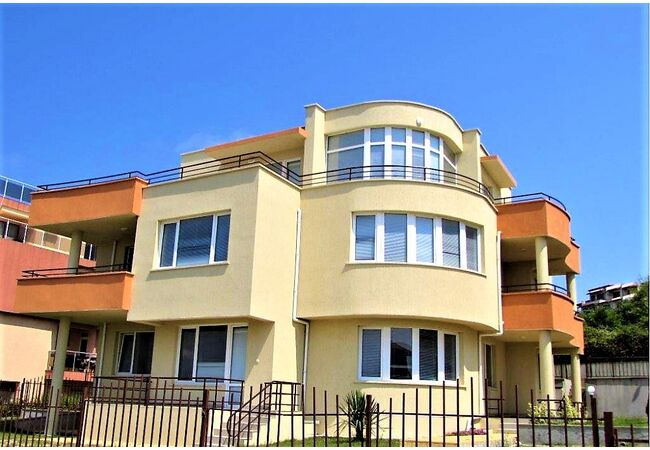 "ID749 Апартаменты с видом на море в комплексе "" Аполлоника Резиденс "" Созополь, Созополь"