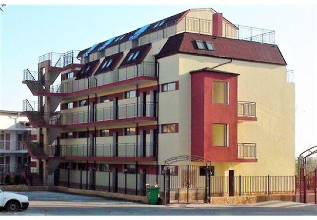 """ID988 Апартамент с одной спальней в комплексе """" Бразерс Бич """", Равда"""