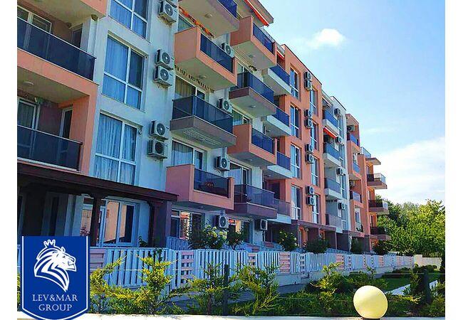 """ID299 Двухкомнатная квартира в комплексе """"Нелли 2 """", Бяла"""