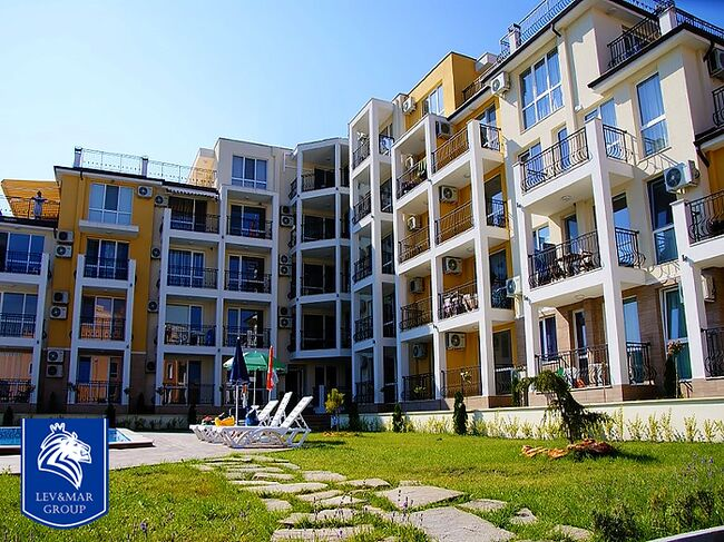 """ID459 Трехкомнатная квартира с видом на море в комплексе """" Галерия 3 """" в Бяла<br><span style=""""color: #2cbde1;"""">Бяла</span>"""