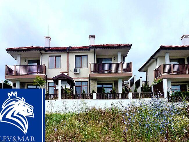 """ID454 Таунхаус с видом на море в комплексе закрытого типа """" IBG-Home """" в Бяла"""