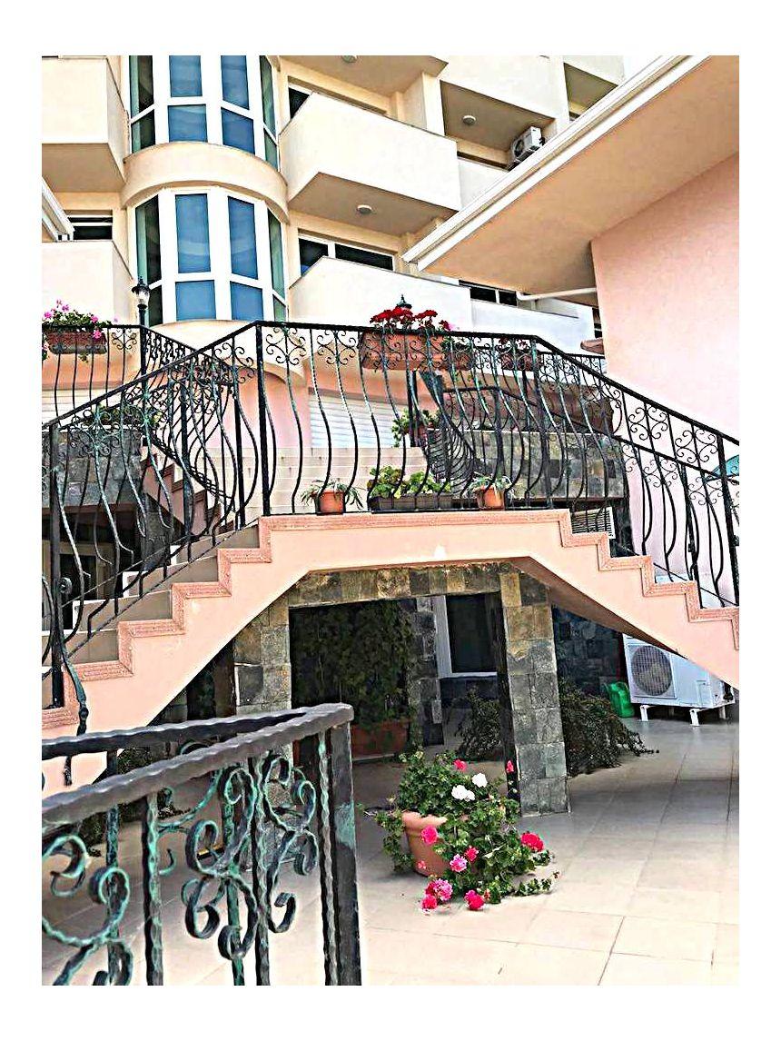 ID634 Апартаменты в комплексе Розали