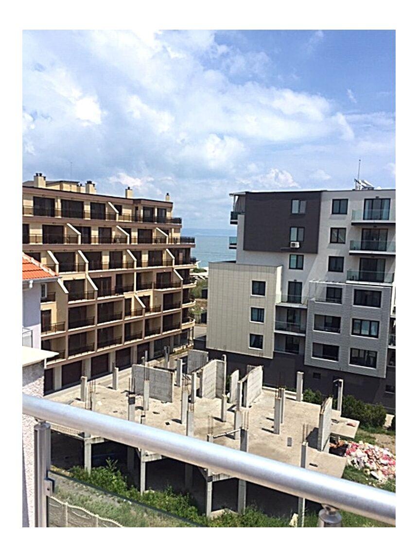 ID3543 Двухкомнатная квартира в Поморие