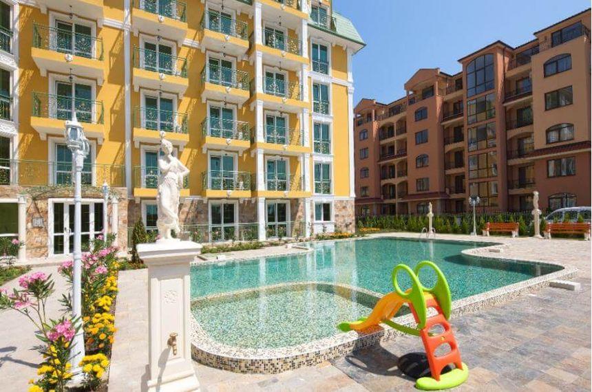 ID619 Трехкомнатная квартира в комплексе Голден Гермес