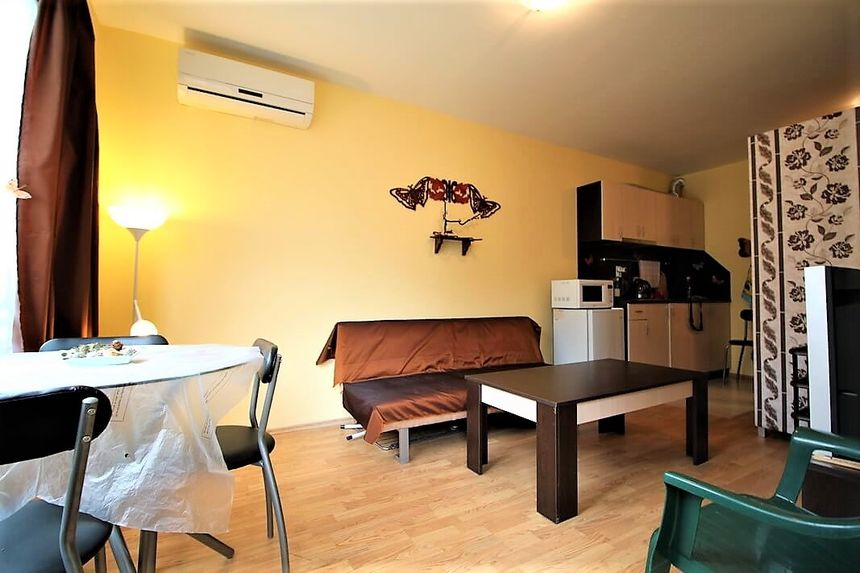 ID924 Квартира в доме в квартале Черное Море