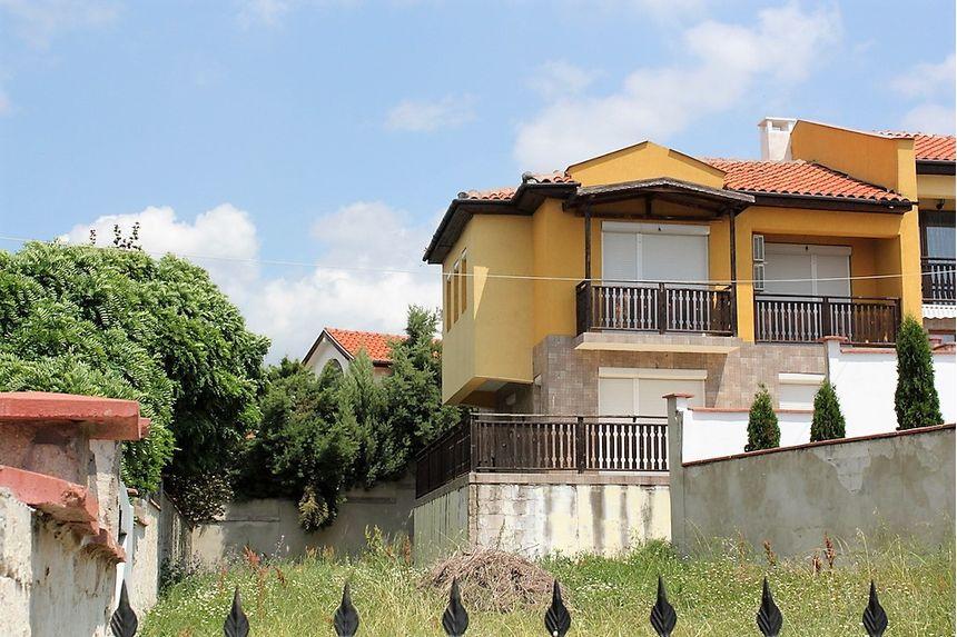 ID1285 Двухэтажный дом в Кошарице
