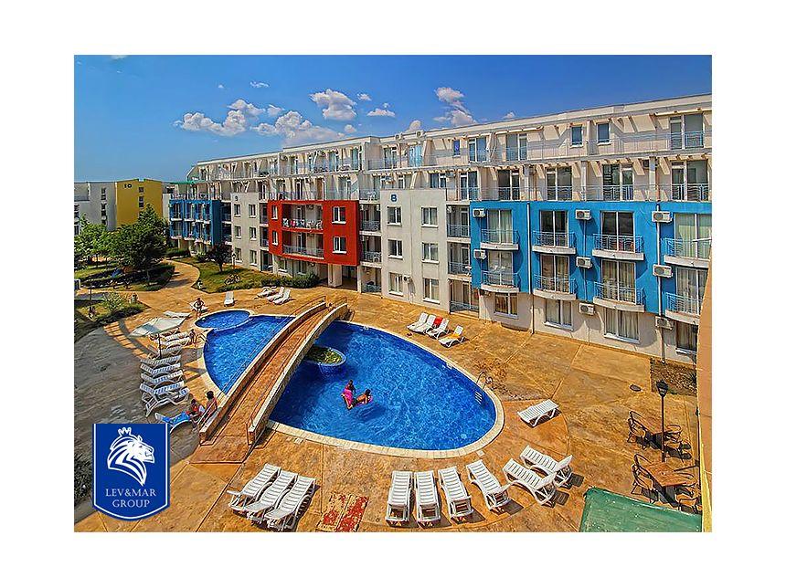 ID10 Трехкомнатная квартира в комплексе Sunny Day 3