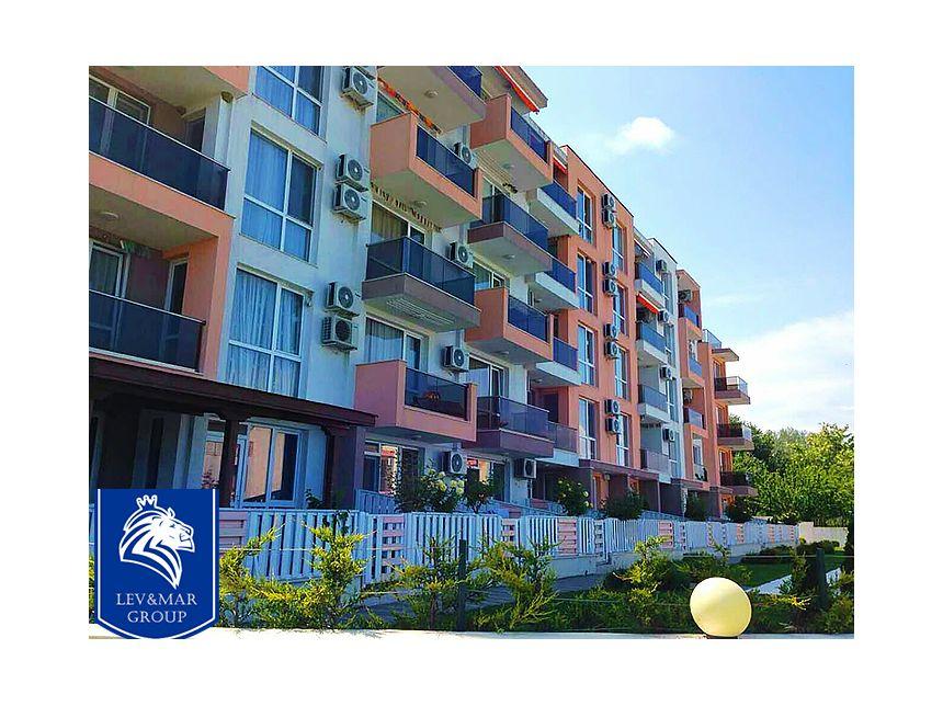 ID300 Двухкомнатная квартира в комплексе Нелли 2