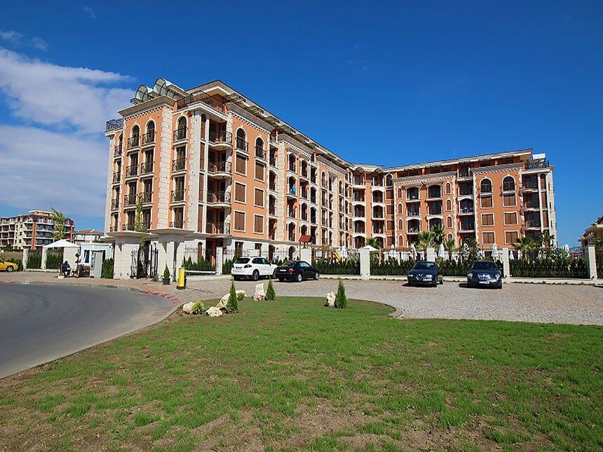 ID108 Квартиры в комплексе Каскадас Равда