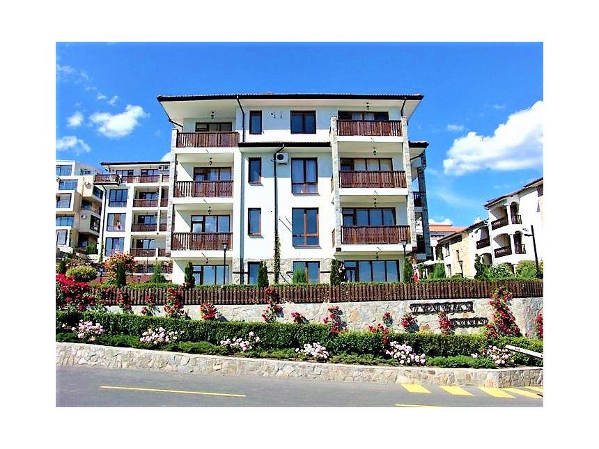 ID674 Апартамент с одной спальней в комплексе Трявна
