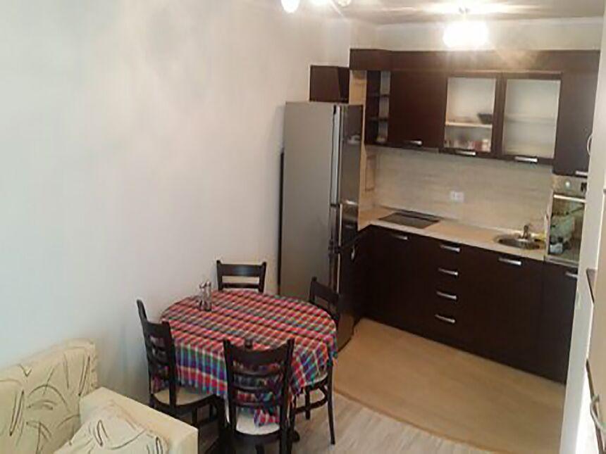 ID146 Апартамент с двумя спальнями в Бургасе