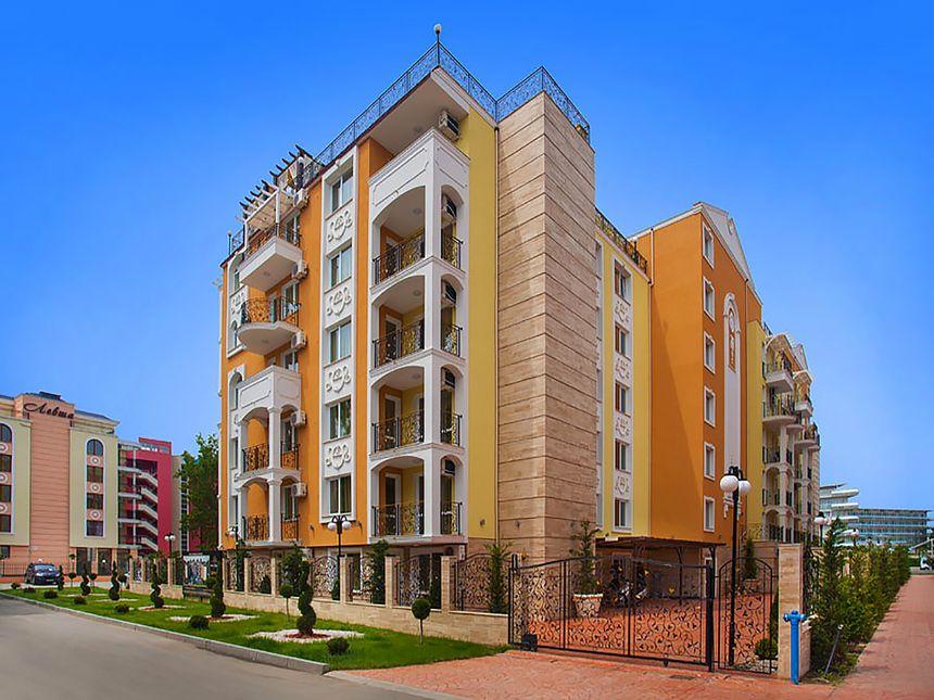 ID2023 Трехкомнатная квартира в комплексе Свит Хоум 2