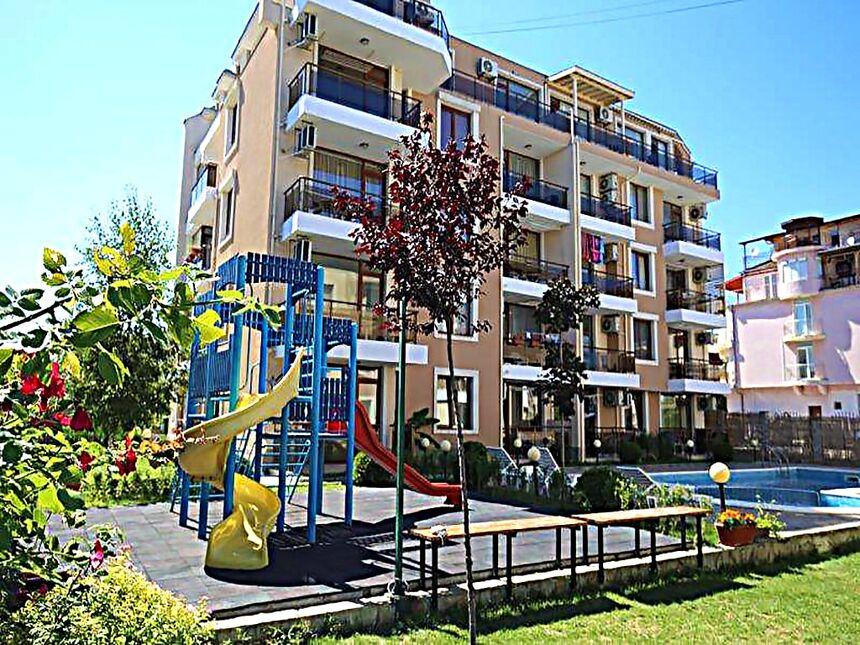 ID418 Квартиры в комплексе Риф 2