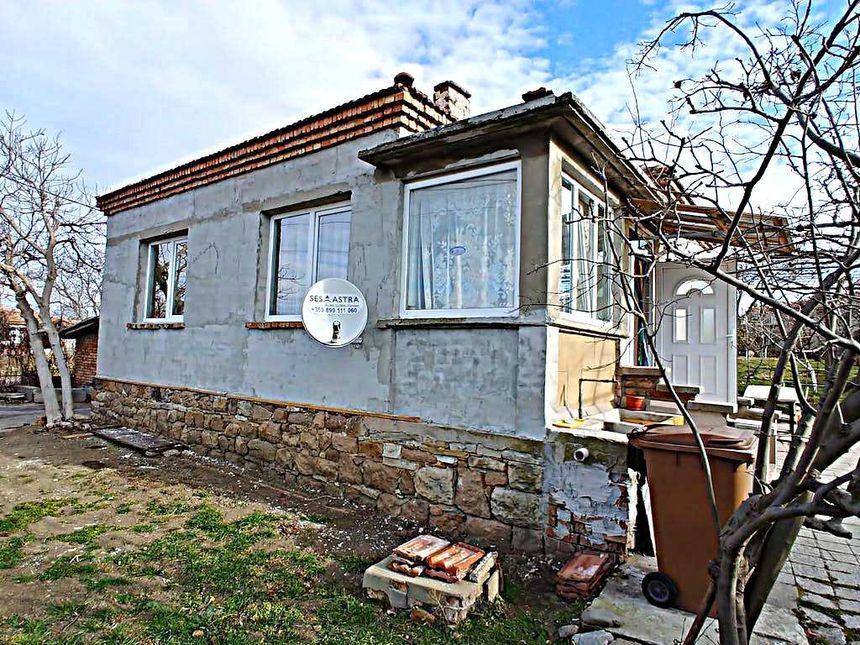 ID3299 Одноэтажный дом в селе Бата