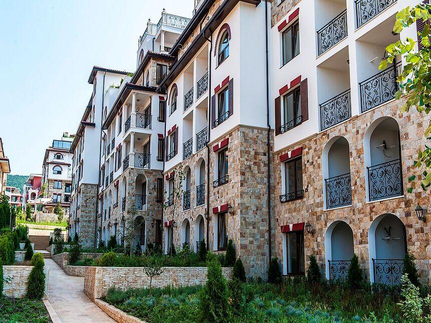 ID638 Апартаменты в комплексе Артур